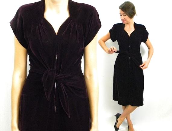 1940s Purple Velvet Dress | 40s Dark Purple Velvet