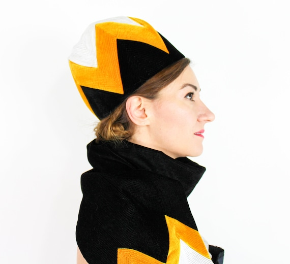 1960s Black Velvet Bubble Hat | 60s Black & Gold H