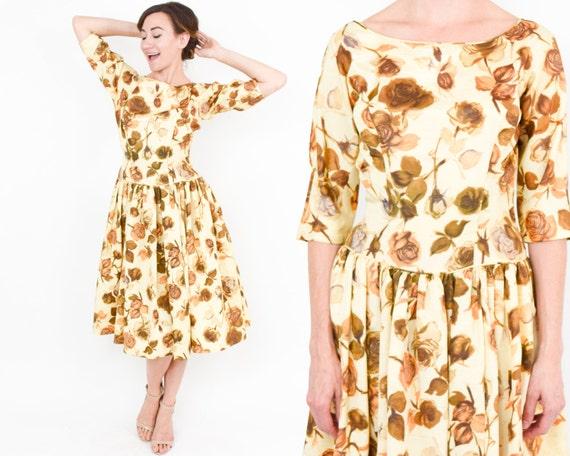 1950s Golden Floral Sateen Dress | 50s Yellow & G… - image 5