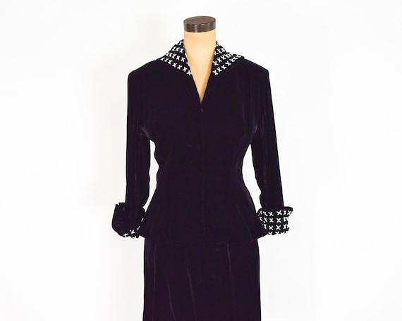 1940s Black Silk Velvet Suit | 40s Black Velvet S… - image 3
