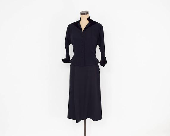 1940s Black Faille Suit | 40s Black Faille & Velv… - image 2