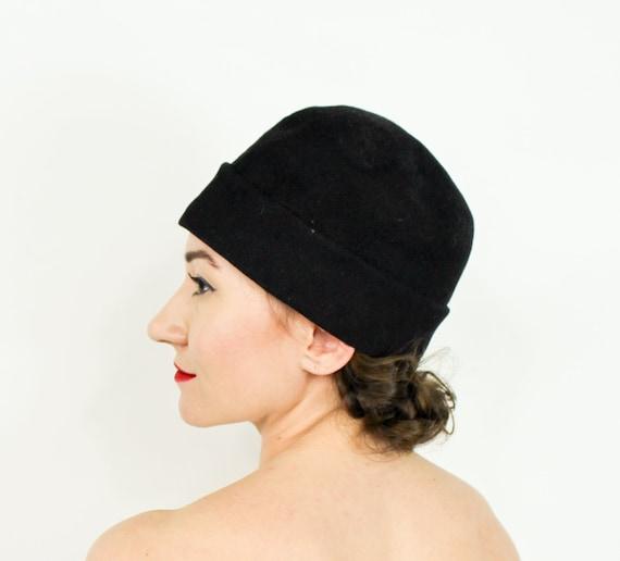 1920s Black Wool Cloche Hat | 20s Black Cloche Pin