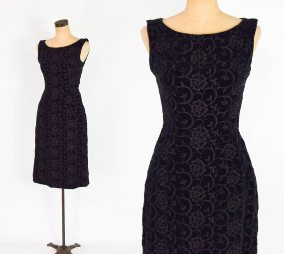 1950s Anne Fogarty Dress } 50s Embroidered Black V