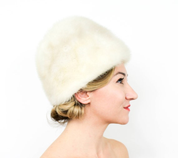 1960s Ivory Fur Hat | 60s White Mink Fur Hat | Hig