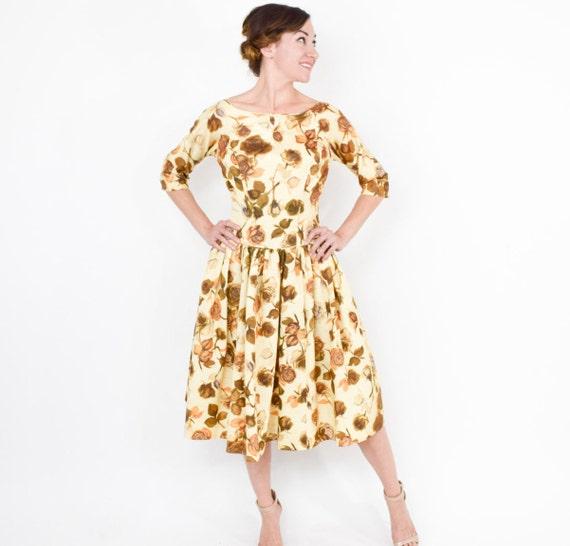 1950s Golden Floral Sateen Dress | 50s Yellow & G… - image 2