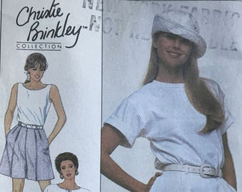 Simplicity 9108 - 1980s Christie Brinkley Pleated Pants or Shorts - Size 18 20 22