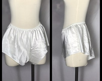White Tap Pants Size /_/_/_
