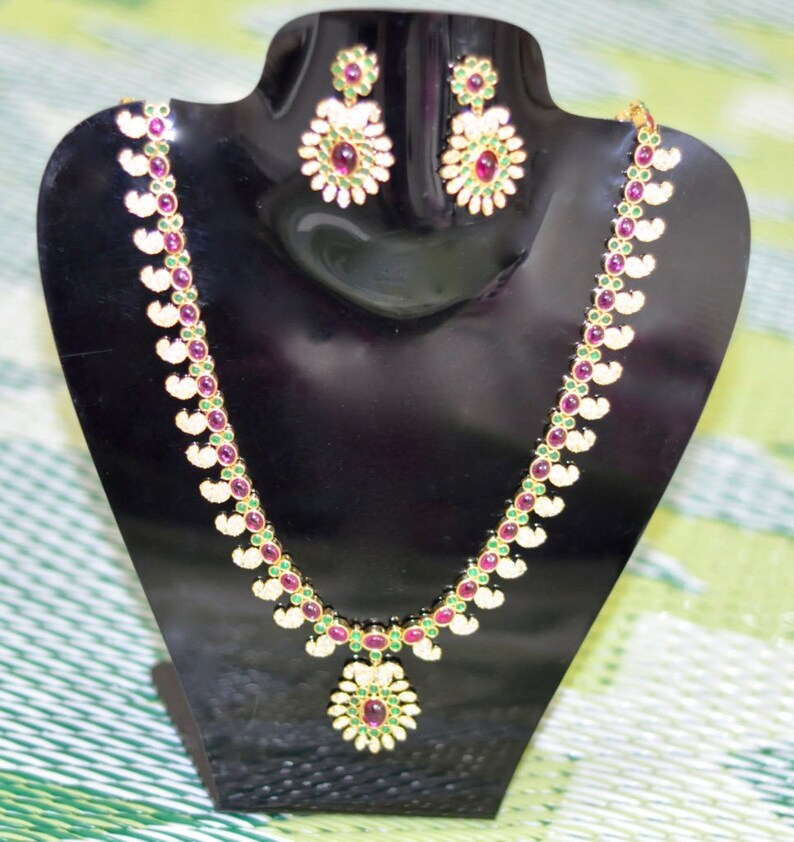 24375ce050b47 SALE 25% DISCOUNT Red and Green Kundan, White Czs One Gram Gold Big  Necklace Set Pendant Earrings - Traditional Indian Jewelry Bollywood