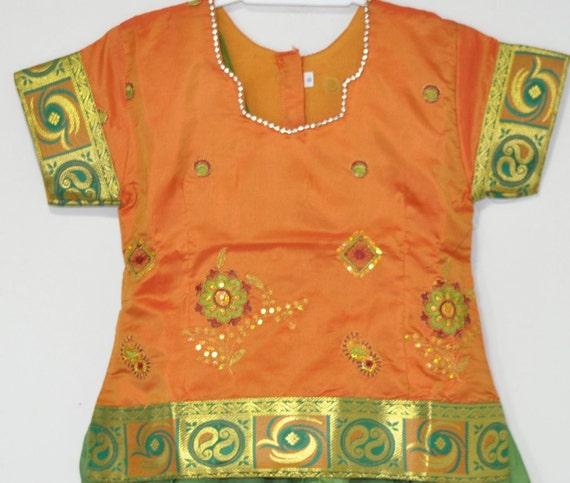 f7a4b1cf784 ... Kids Baby Green Embroidred Silk Pattu Zari Lehenga Yellow Silk image 1  ...