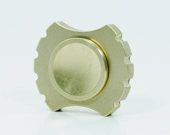 Rotobow Nano brass fidget spinner