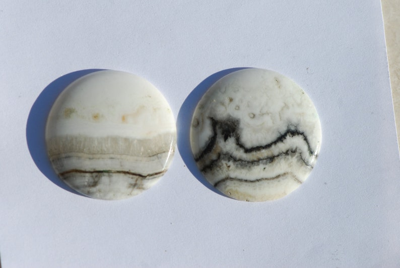 Lot of 2 Round California Silver Lace Onyx Calcite Cabochon Calico Mountains 32 mm diameter Banded Black Silver and White