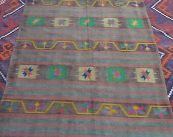 Size:8 ft by 4.7 ft Handmade  Vintage Turkish Kilim Wool Handmade Kilim Worn kilim,Faded Large Turkish Kilim,Moroccan Tribal Faded Rug