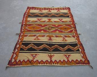 Size:6.2 ft by 4.4 ft Handmade Kilim Vintage Moroccan Tribal Best Kilim/Carpet