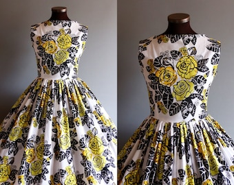 1950s Style White Black Yellow Rose Floral Print Full Pleated Skirt Cotton Dress