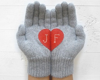 Personalize Gloves Gift For Mom dia de las madres Personalized Gift For Mom Heart Gloves Gift For Her Monogram Knit Accessories