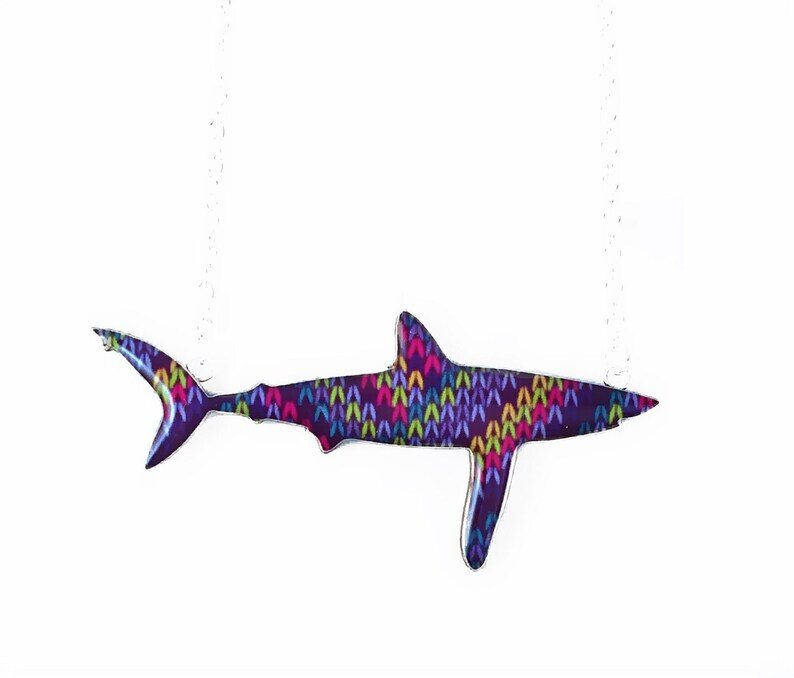 Wooly Jumper Print Longfin Mako Necklace image 0