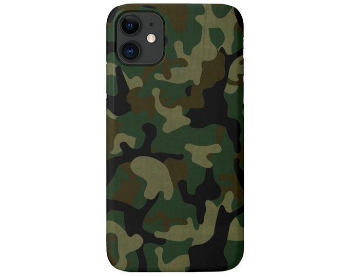 Woodland Camo iPhone 11, XS, XR, Max, X, 7/8, 6/6S Pro/Max/Plus/P Snap Case or TOUGH Protective Cover, Green Camouflage Print/Pattern Galaxy