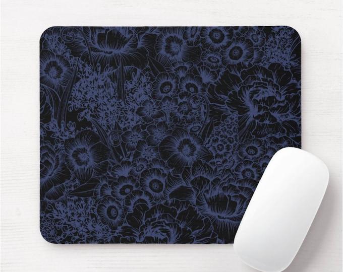 Retro Floral Mouse Pad, Dark Blue/Black Flower Print Mousepad, Navy Wallpaper/Vintage Modern Flowers, Roses/Flower