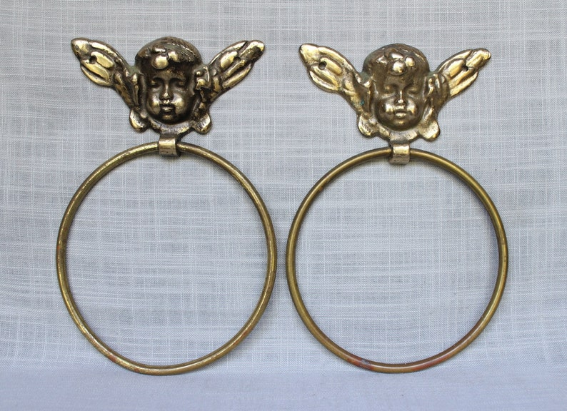 Vintage Brass Angel Towel Ring, Brass Cupid Towel Holder, Wall Mounted  Brass Bathroom Cherub Towel Holder, Brass Ornate Towel Ring, Japan