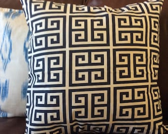 Blue White Greek Pillow Cover, Blue Navy Pillow, Geometric Accent Pillow, Greek Decorative Pillow, Greek Key Pillow, Toss cushion