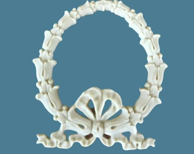 B21  Leaf Wreath Bow , EFEX , Replacement Moulding, Historic Moulding, Silicone Moulding, Embellishment  , Made in USA, Free Shipping
