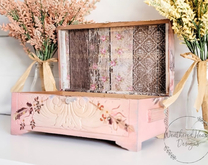 Decoupage Rice Paper PALLET WOOD, Dixie Belle, 3 sheets per pack, Free Shipping