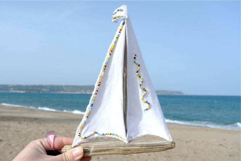 0537eb108c5 Voilier bois flotté 8 bateau blanc Art en bois flotté