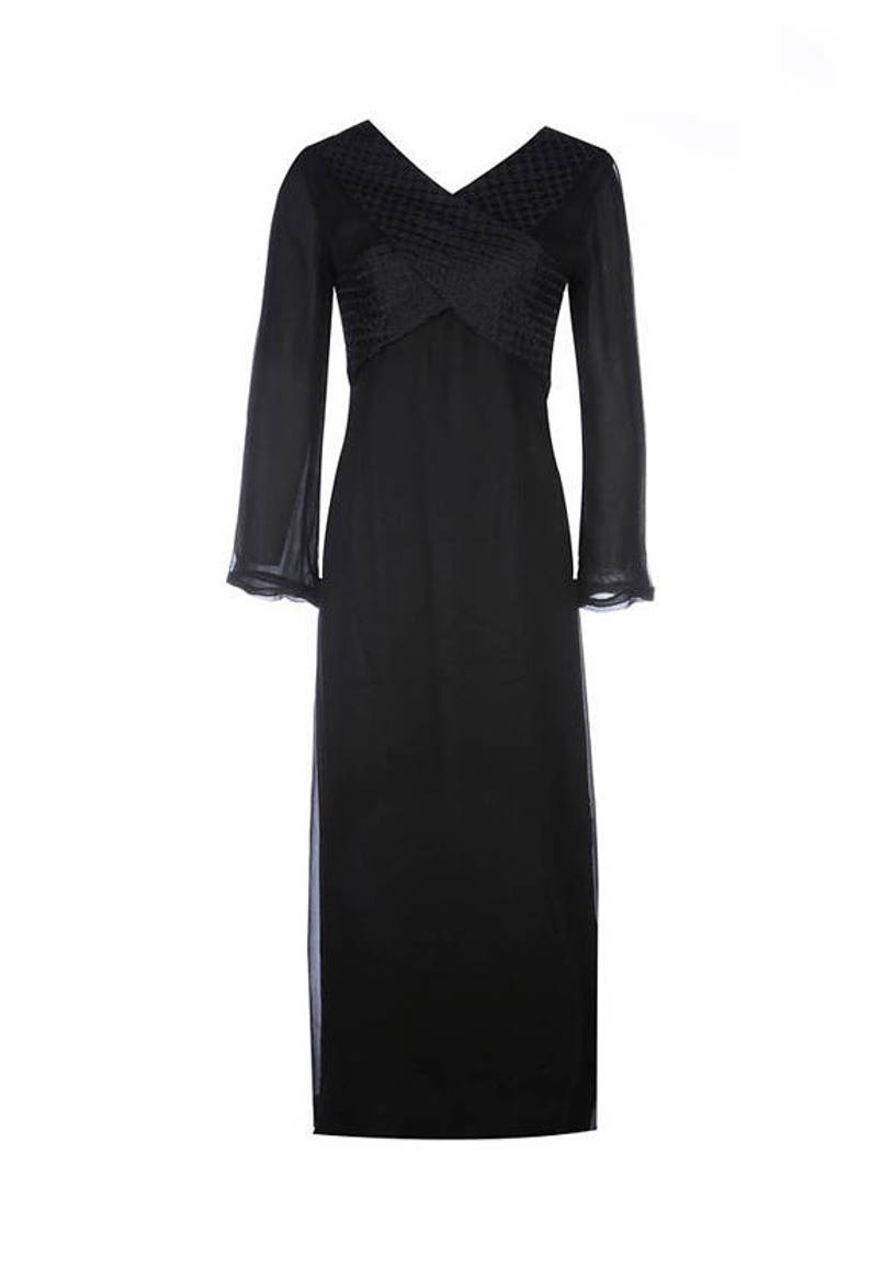 f654e33bc53 Elegant Long Black Silk Dress