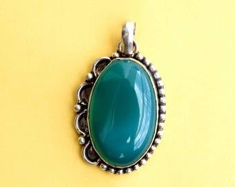 Green Onyx Pendant, Green Stone Pendant, Silver Pendant, Green Onyx Necklace Pendant, Green Onyx Locket, Green Pendant, Stone Pendant