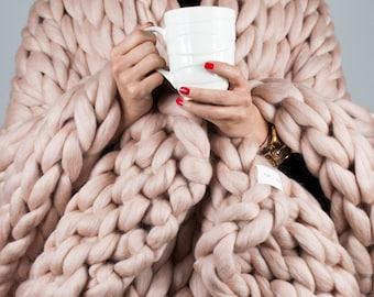Chunky Knitted Blanket . Misty Rose   Chunky Knit Blanket   Wool Blanket   100 % Merino Wool   Giant Throw   Arm Knitting Home Decor   Gift