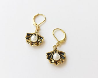 39cea69a3 Shelly Earrings // Gold Clam Shell and Pearl Earrings - FREE SHIPPING