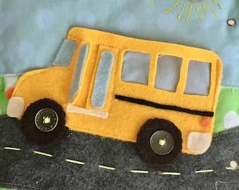 Quiet Book Pattern: Felt school bus buttoning activity for toddlers | DIY quiet book |Quiet book tutorial | Quiet book page