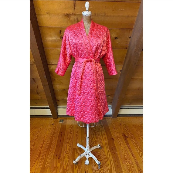Vintage 1960s Robe / 60s Pink Quilted Satin Robe /