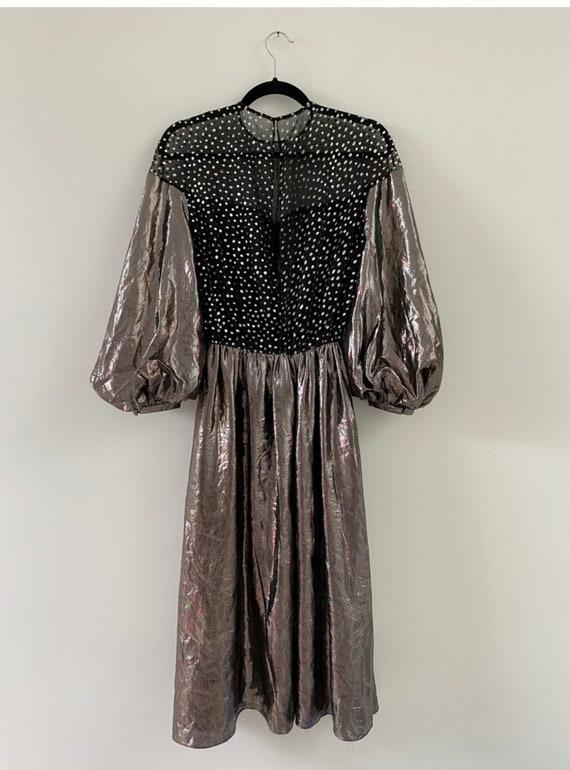 Vintage 1980s Dress / 80s Silver Lamé Balloon Sle… - image 4