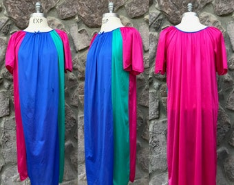 12a66eeb05 Vintage 80s Nancy King Lingerie Nightgown   Color Block Nightie   100%  Nylon   Made in USA   Women s Size Small Medium Large