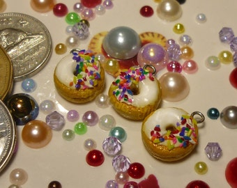 Donut Charm/Zipper Pull