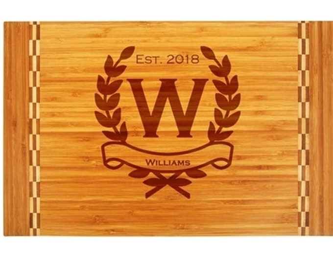 Wreath Design Cutting Board with Butcher Block Inlay made of Bamboo with Choices of Name, Letter & Date - Custom Engraved
