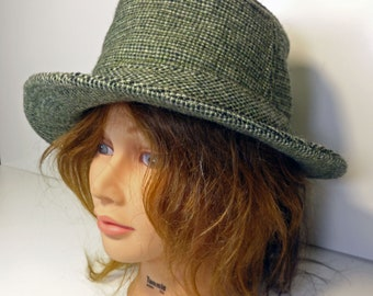 4ed06902f9e Vintage Men s Fedora Hat Green Checkered Flecked Gingham Texture Stetson  1970 s Wool