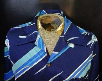 7e3d895e Vintage Men's Napili Hawaii Striped Floral Blue Short Sleeve Hawaiian Shirt  Size Large!