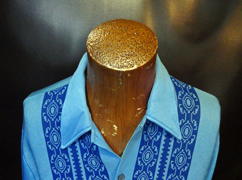 1960s – 70s Men's Ties | Skinny Ties, Slim Ties Vintage Mens Da Vinci California Distressed Blue Geometric Big Collar 1960s Dress Shirt Size Large $0.00 AT vintagedancer.com