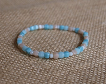 blue & beige bracelet