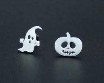 b86038dd61e71 Silver stud earrings | Etsy