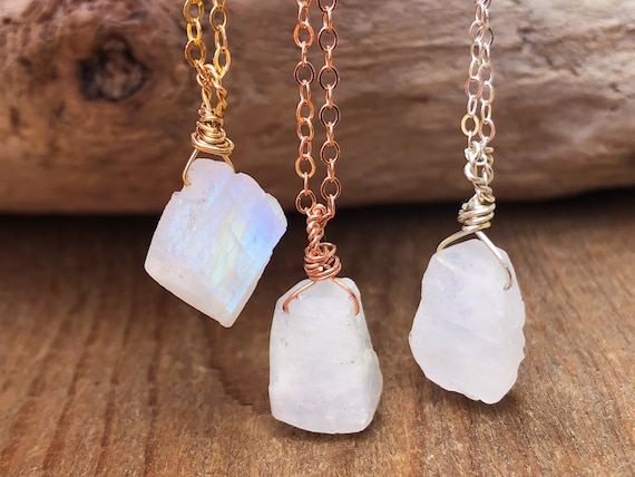 Nathis June Birthstone Necklace Moonstone