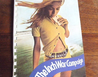 """Early 1970's RYVITA """"The Inch war campaign""""-orig.vtg.glossy recipe booklet with pictorials.Collectors' item. One owner. EXCELLENT condition."""