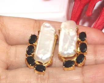 eb518fbec3 1 Pair Natural Black Onyx & Baroque Pearl Earrings Pendants / 30x15mm Prong  Set Connector / 22kt Gold Plated Findings / DIY Jewelry Making