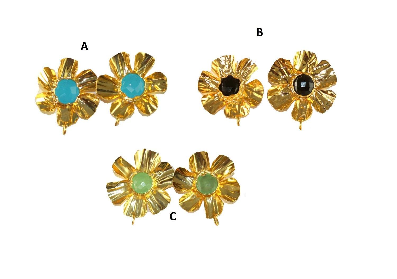 Fleur-clou d'oreille en plaqué plaqué en or 22kt 30x25mm / boucles d'oreille-post / pierres précieuses boucles d'oreilles-post / fabrication de bijoux - fournitures / APPRETS / sélectionner les pierres b4ad3d