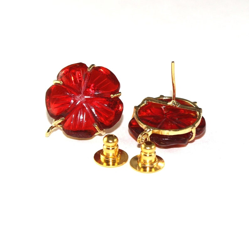 Supplies  Findings GC95 23x20mm Red Quartz Hand Carved Flower Ear post  Prong Set Stud Ear post  Gemstone Ear-post  DIY Jewelry Making