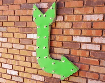 """On Sale! Large 36"""" Battery Operated RIGHT Arrow Rustic Metal Open Come In Exit Store Entrance Enter Vintage Marquee Light Up Sign"""