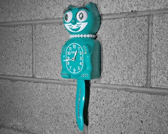 Limited Edition! Official TEAL Kit Cat Clock - Lady Girl Female Emerald Green - Jeweled Swarovski Crystals Kit Kat Cat Clock Klock