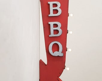 "On Sale! 25"" BBQ Metal Arrow Sign - Plugin or Battery Operated - Patio Barbecue Picnic - Double Sided Rustic Marquee Light Up"